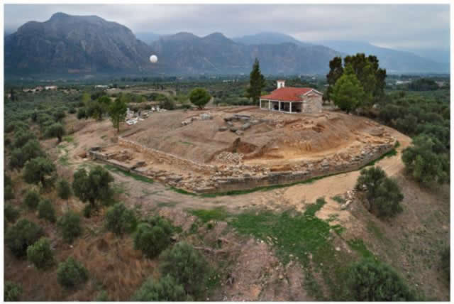hilltop excavation of ancient palace